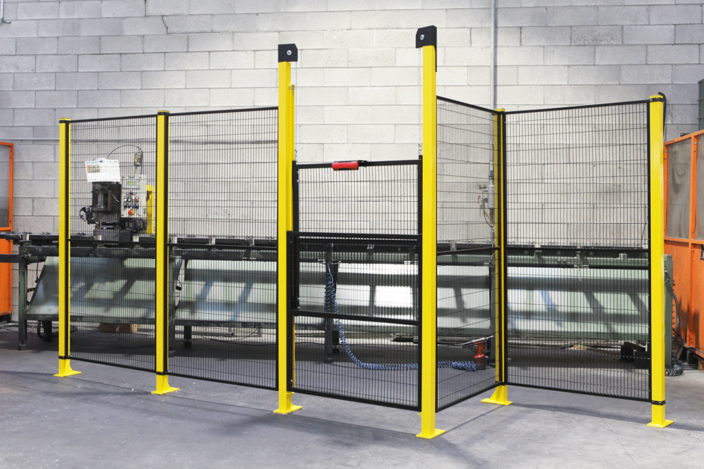 Satech STRONG Machine Guarding - Custom Manual Operated Vertical Door